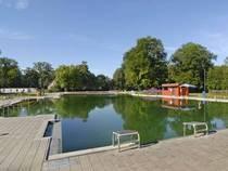 Schwimmbecken im Naturbad Maria Einsiedel © SWM/Denise-Krejci